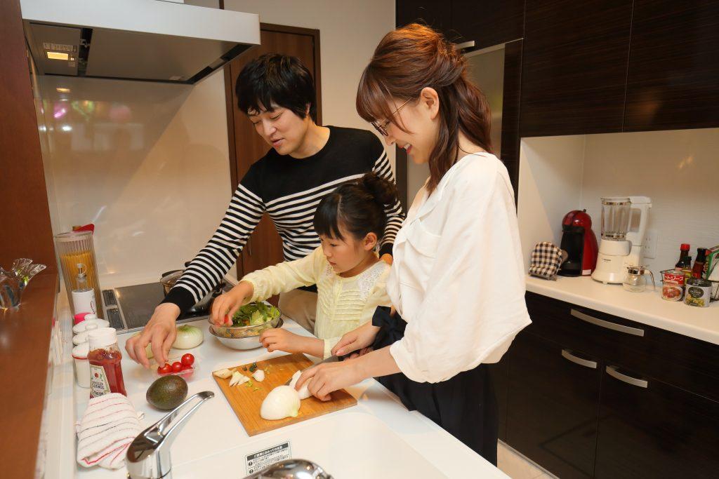 家族で使えるキッチン
